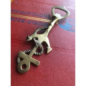 Gold Sailors Key